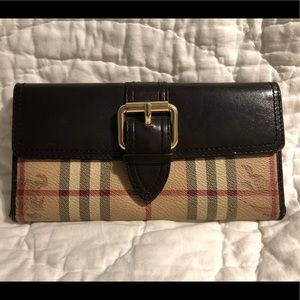 Burberry London Nova Check Bifold Wallet